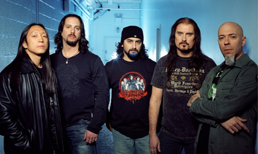 John Myung, John Petrucci, Mike Portnoy, James LaBrie e Jordan Hudess: a excelência musical do Dream Theater