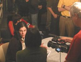 A autora concede entrevista à TVE (1)