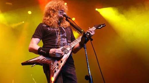 Dave Mustaine continua sendo um dos mais emblemáticos representantes da música pesada