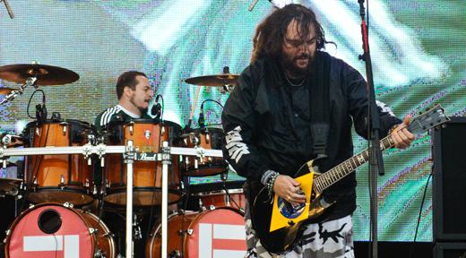 Depois de muitos anos o Brasil pôde ver Iggor e Max Cavalera juntos de novo em cima de um palco
