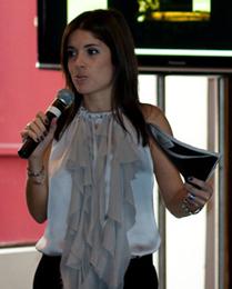 Roberta apresenta patrocinadores
