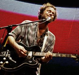 Amarante mostrou duas músicas novas no show