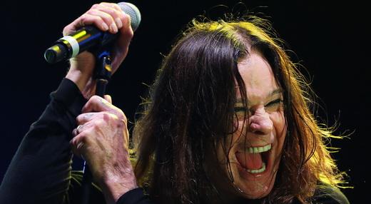 AA felicidade de Ozzy Osbourne: com o Black Sabbath ele reúne mais público que em carreira solo