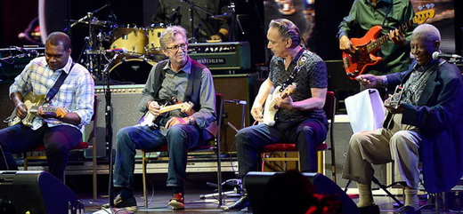 Robert Cray, Eric Clapton, Jimmie Vaughan e BB King tocam 'Every Day I Had The Blues' juntos no palco