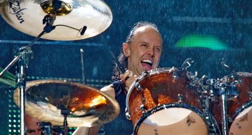 A vibração do baterista Lars Ulrich, que deixou um fã iniciar 'Seek and Desroy' com quatro pancadas