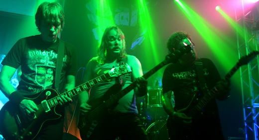 Metalmorphose: o guitarrista Marcos Dantas, o baixista André Bighinzoli e o guitarrista PP Cavalcante