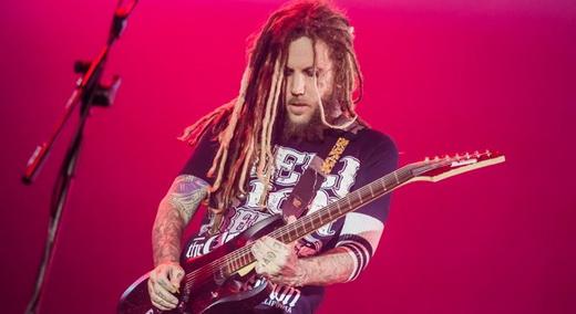 Formação quase original: o guitarrista Brian 'Head' Welch, que retornou ao Korn há dois anos