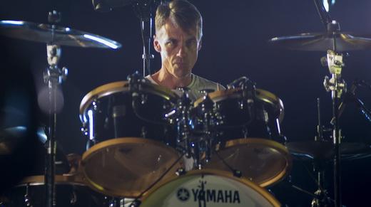 Matt Cameron: a usina de bater tambores de um homem só que é fundamental para o Pearl Jam