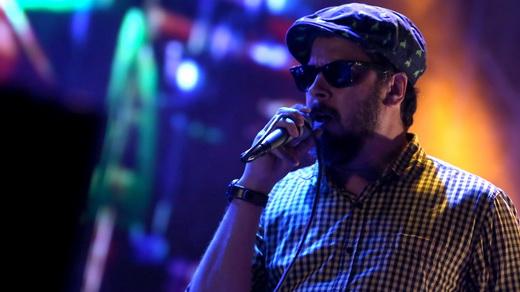 O vocalista da Nação Zumbi, Jorge Du Peixe: fora Temer e o chamado para o povo voltar às ruas