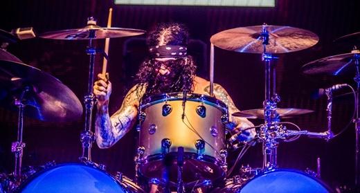 O baterista Tommy Clufetos, ponto comum na banda de Ozzy e nos últimos shows do Black Sabbath