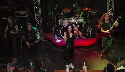 Leather: Kiko Shred (guitarra), o baixista Thiago Velasquez, o baterista Marcus Dotta e Vinnie Tex