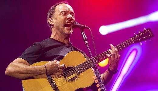 Dave Matthews toca violão e canta em um dos melhores shows da primeira semana do Rock In Rio
